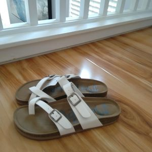 Mad Love white sandals size 8